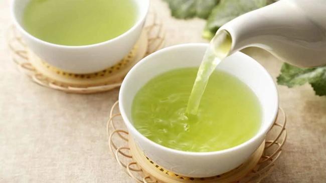 2 чашки зеленого чая