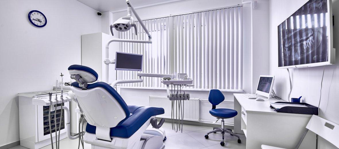 Как выбрать стоматологическую клинику для подготовки к протезированию
