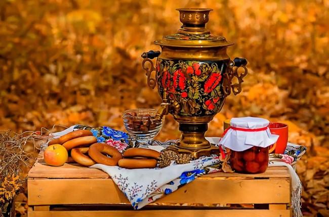 чаепитие с самоваром