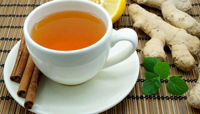 чашка зеленого турецкого чая