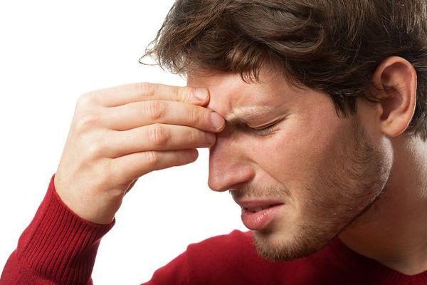 Причины появления гнойных слплей из носовых путей